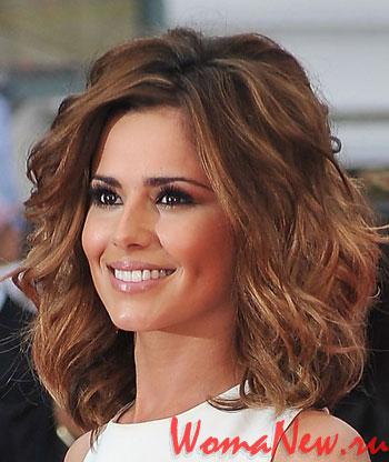 Стильные волнистые причёски 2012 года