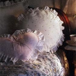 Как сшить подушку с рюшами, выкройка
