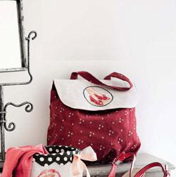 Как сшить вышитую сумку для обуви