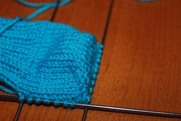 как вязать спицами носки